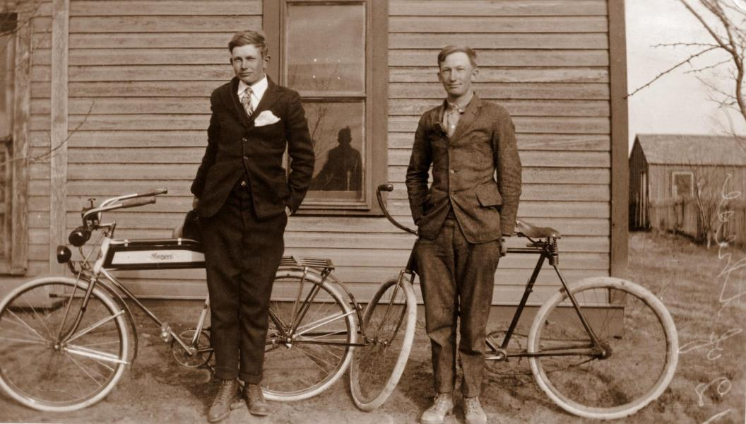 Ewald and cousin Herbert Goeth in Abernathy, preparing to leave for Texas A & M, 1919