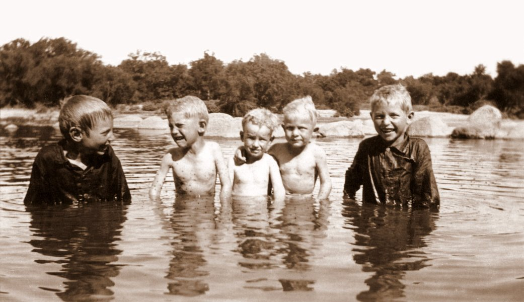 1924 George, Roland, Marion, Marco, and Vernon in the Colorado River on a visit to Marble Falls