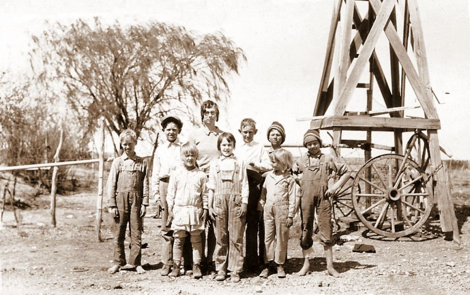 Teacher Cleo Heidel's school class, 1929; she roomed with the Fuchs family on the ranch for two years.