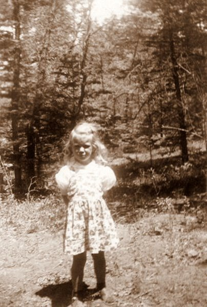 Laura Sue in Ruidoso, May 1948