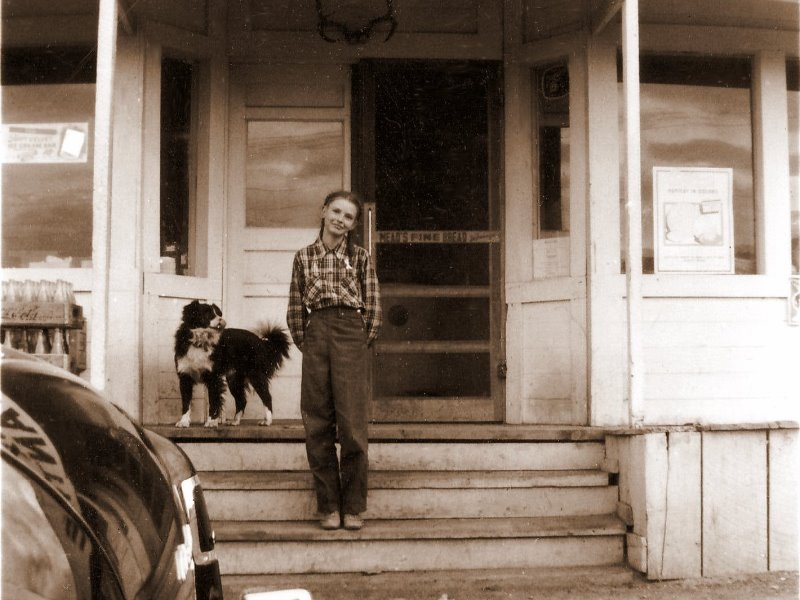 1951 Georgia Ruth on the steps of Fox Mercantile