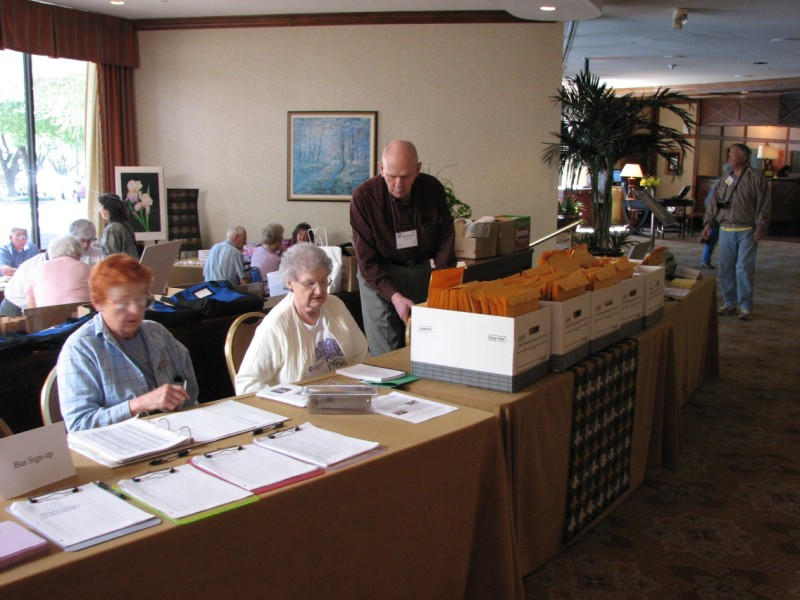Patsy Rosen, Helen and John Kinnamon at the Registration Tables