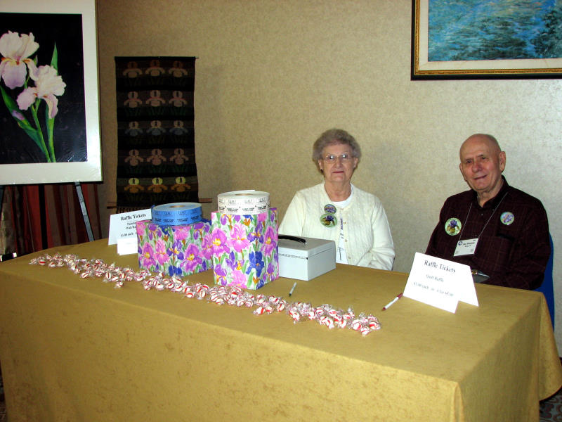 Helen and John Kinnamon at the Raffle Table