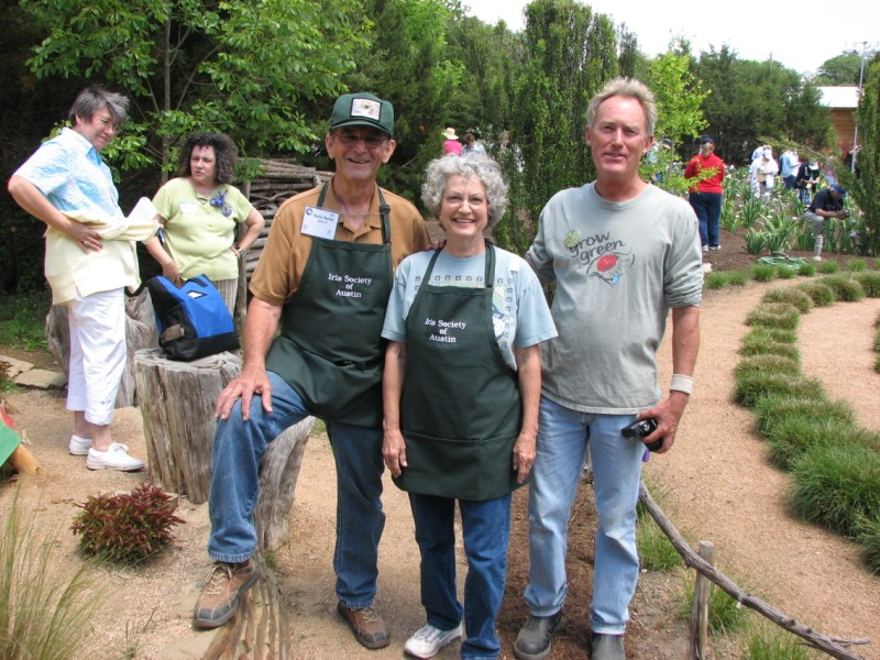 Charlie and Sonja Hensley, Roger Igo at The Natural Gardener